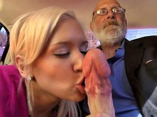 amazing blonde gaping
