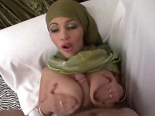 pakistani tan