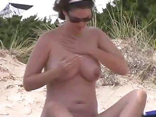 nudist voyeur
