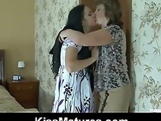 lesbian mature mature lesbian