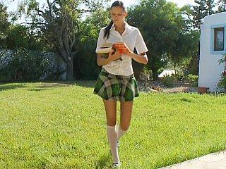 giving head school schoolgirl