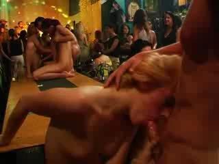 bar club
