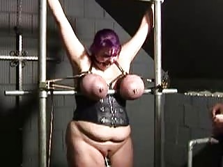 housewife prison punished