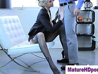 blonde cougar pussy