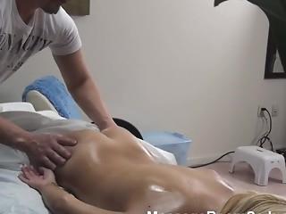 ass babe blonde